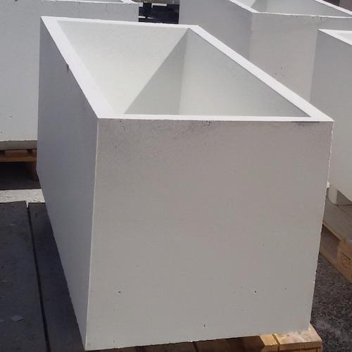jardinera de hormigon prefabricada blanca lisa rectangular