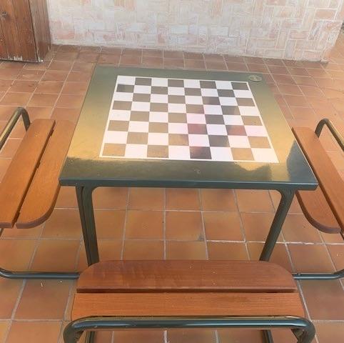 mesa de juegos exterior modelo ajedrez